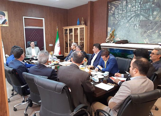جلسه شهردار الوند با مدیرعامل، سهامداران و اعضای هیات مدیره شرکت شهر صنعتی کرمانشاه