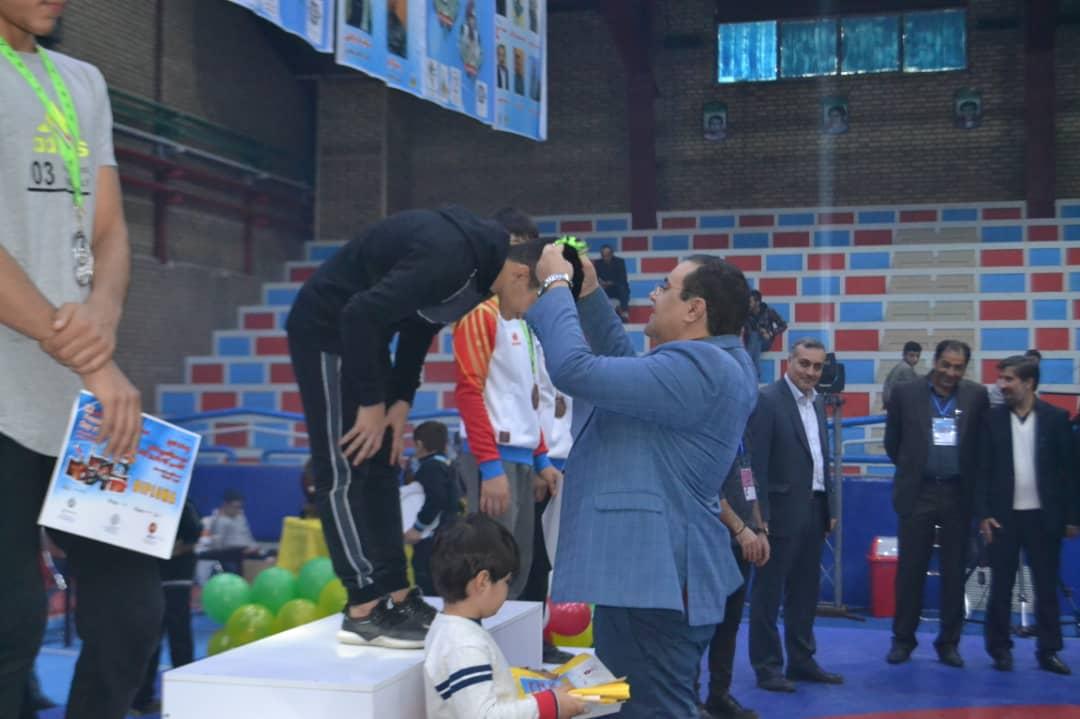 رقابت های بین المللی کشتی روز جهانی کودک- الوند تیم های ایران بعنوان قهرمانی دست یافتند